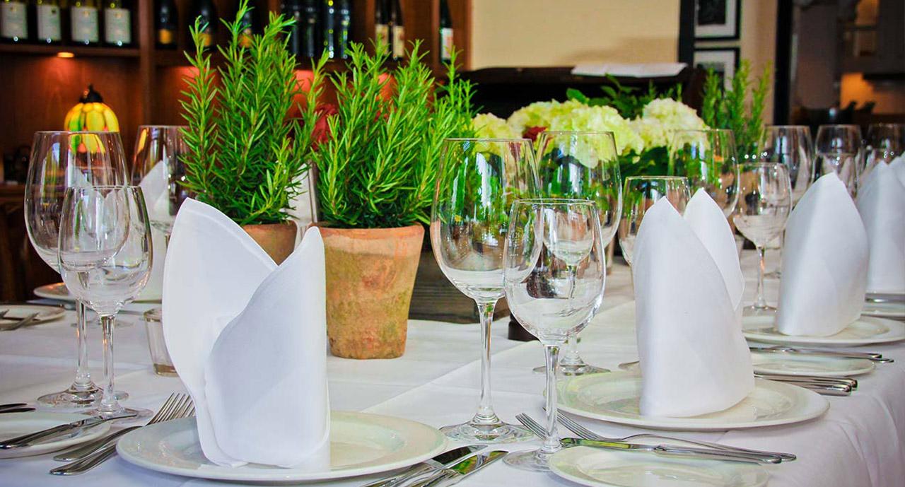 Berliner Gastfreundschaft Und Feine Deutsche Kuche Restaurant